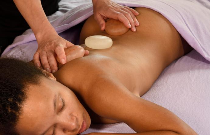 Hot Himalaya Salz-Stein Massage