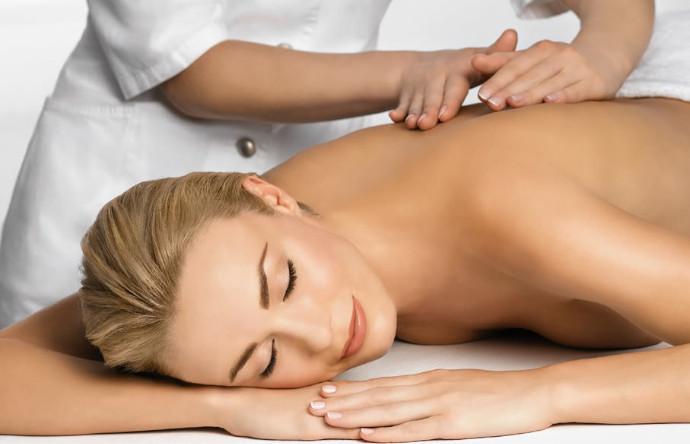 Massage in der Seitenlage für Schwangere