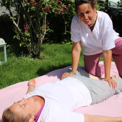 Dynamische, innovative Thai Yoga Massage